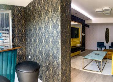 Exkluzív Grand lakosztály privát jacuzzival, privát szaunával – 3 hálószoba, privát terasz, bár szoba, nappali – melléképület